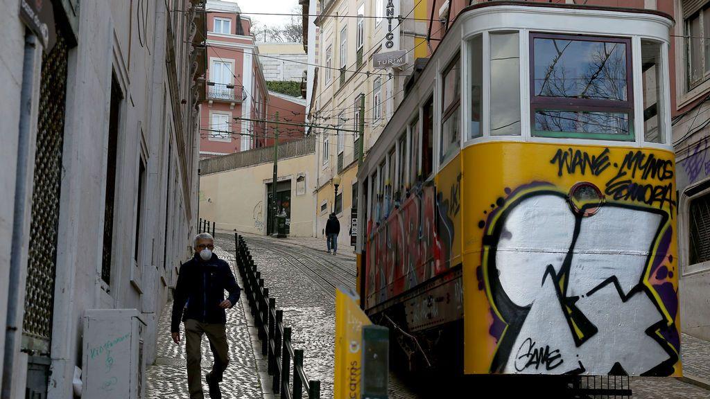 Portugal informa de 963 nuevos contagios por coronavirus, un máximo desde abril