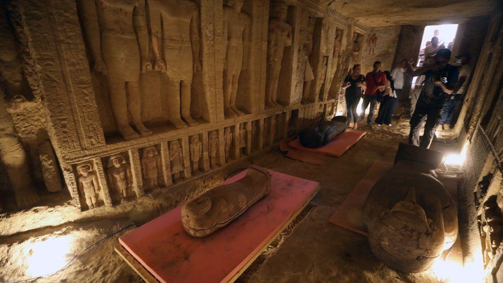 Egipto saca a la luz 59 sarcófagos de hace 2.600 años con sus momias intactas