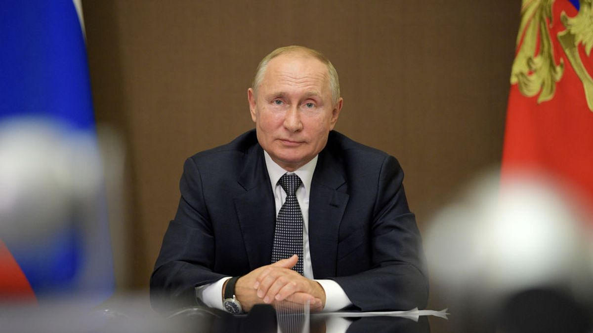 El protocolo de Putin para prevenir el coronavirus: la estrategia 'burbuja' con la que se protege el presidente ruso