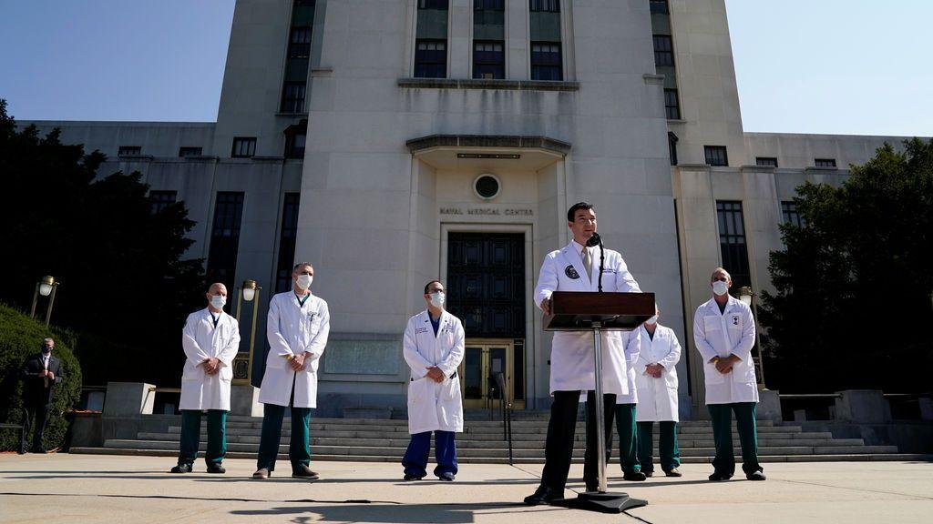 Rueda de prensa del equipo médico de Trump