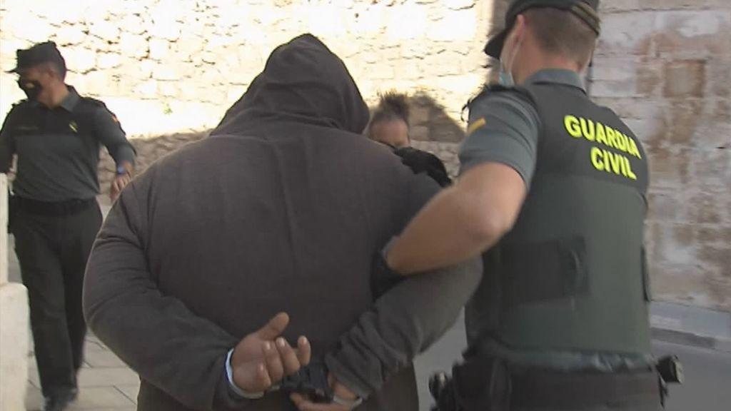 La Guardia Civil busca a otros seis jóvenes por la violación grupal a una menor en Valencia