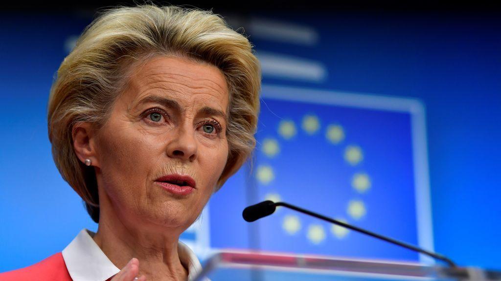 La presidenta de la Comisión Europea, Von der Leyen, en cuarentena tras estar en contacto con un positivo