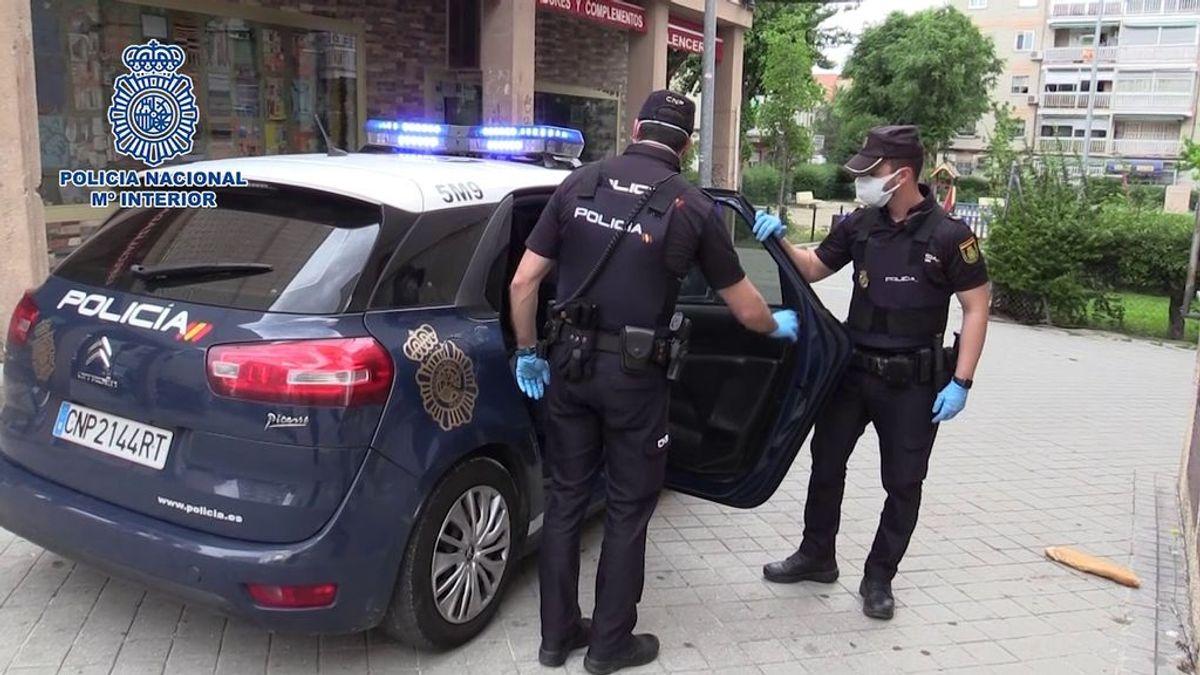Detenido un hombre positivo en Covid por saltarse la cuarentena para hacer una entrega de marihuana en Madrid