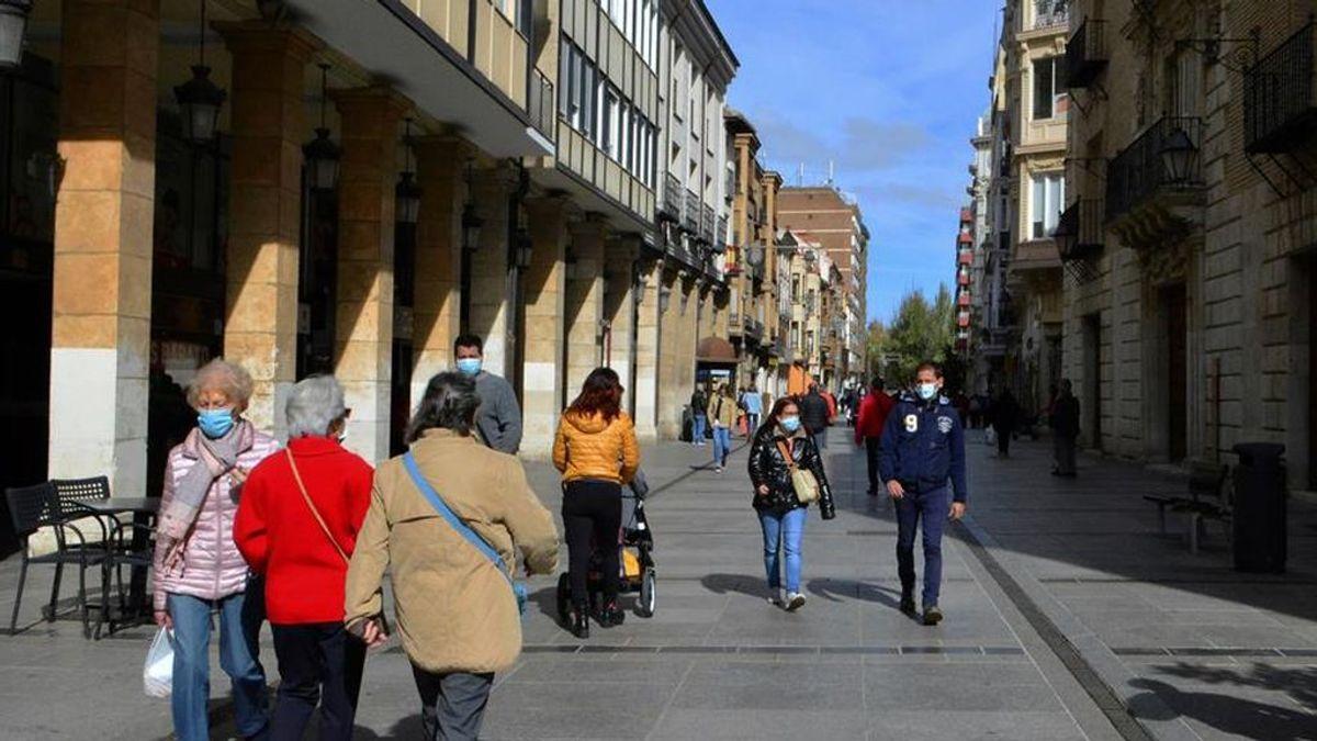 España supera ya los 800.000 contagios y Madrid rebaja sus cifras