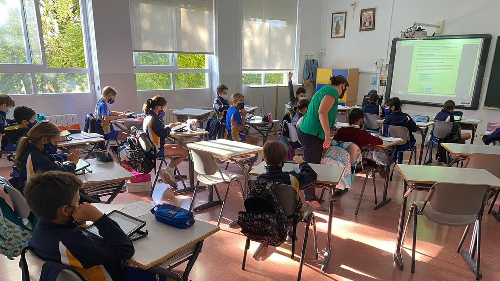 Cambia el protocolo COVID en los colegios de Andalucía: test rápidos y vuelta a clase si es negativo