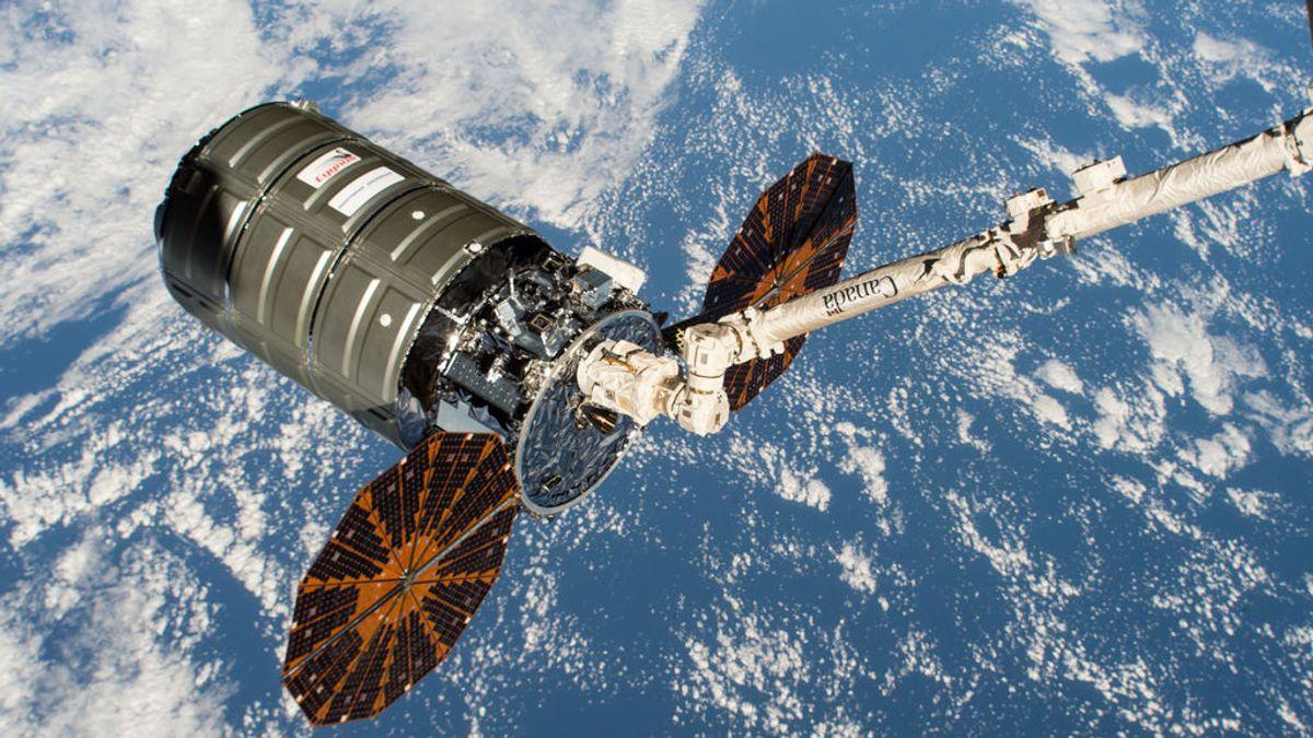 Llega una nave a la Estación Espacial con los 'recados' de los astronautas