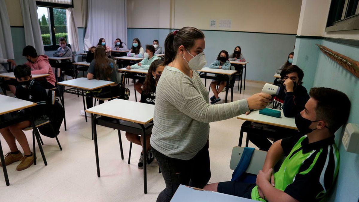 Los estudiantes no tendrán límite de asignaturas suspensas para pasar de curso