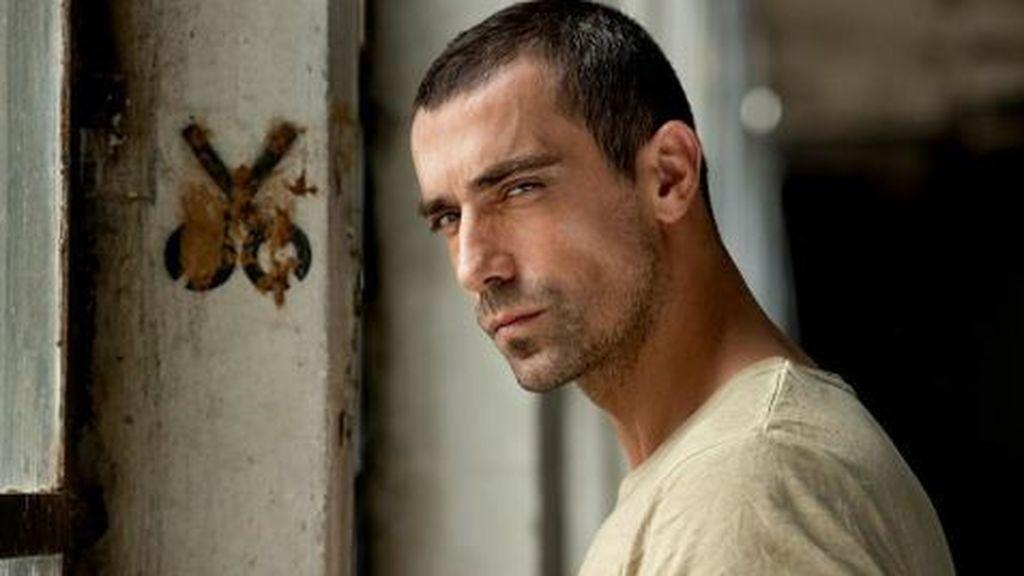 İbrahim Çelikkol es modelo y actor.