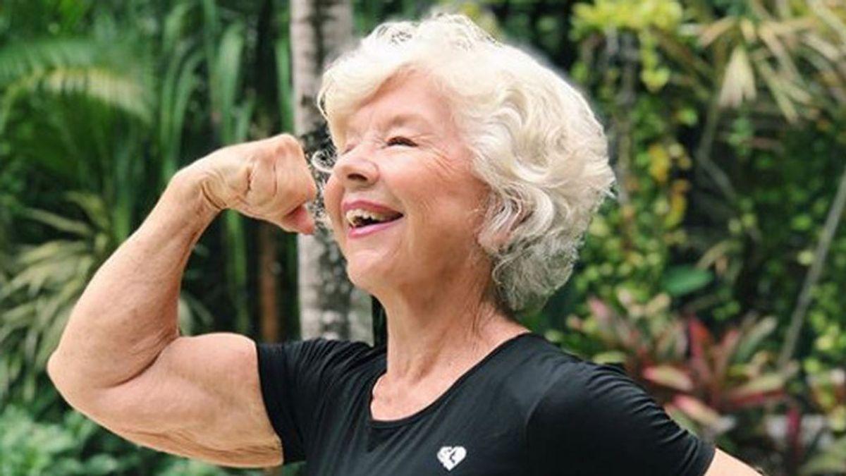 Joan MacDonald, la 'influencer' de 73 años que perdió 30 kilos y es una referencia del fitness