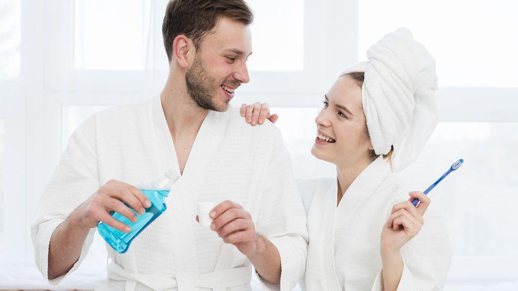 Un médico recomienda lavados vaginales con Listerine y Twitter explota