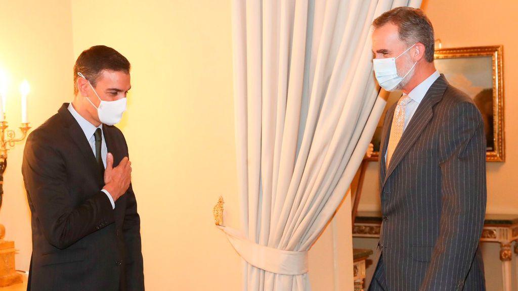 El rey y Sánchez coinciden en una reunión del Instituto Cervantes