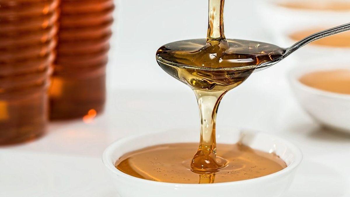 Una gran fuente energética llena de vitaminas y minerales: las propiedades de la miel