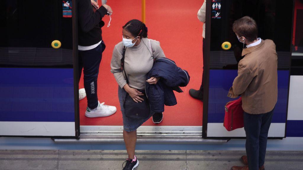 Madrid triplica los casos de coronavirus hasta los 2.645 y aumenta a 45 muertos