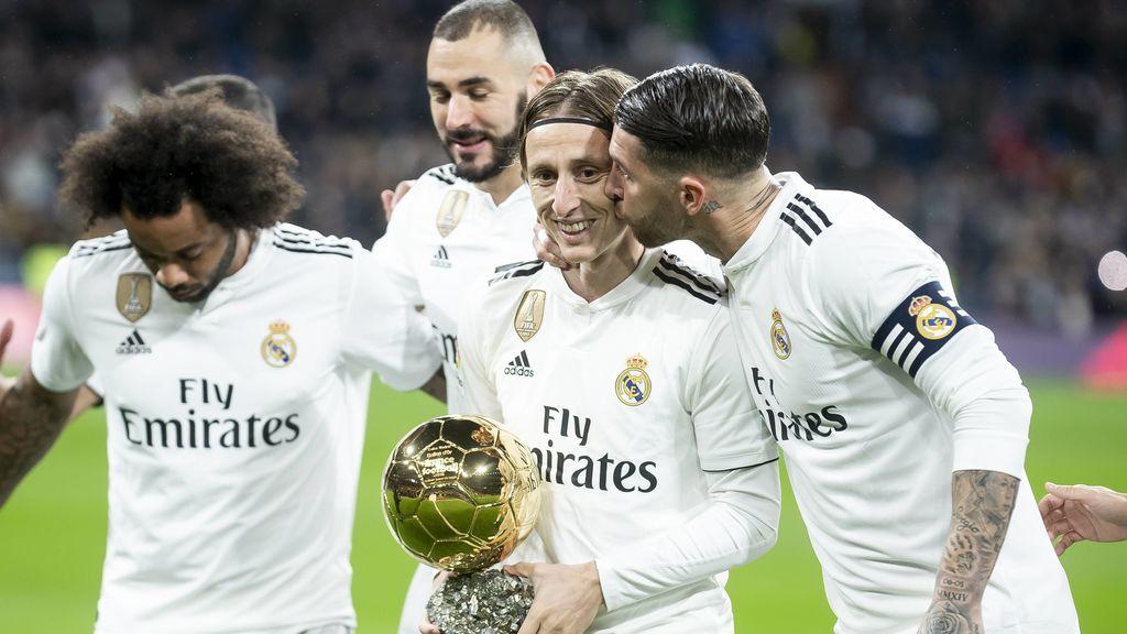 Los pesos pesados del Real Madrid, preocupados por la falta de fichajes y la salida de tantos jugadores