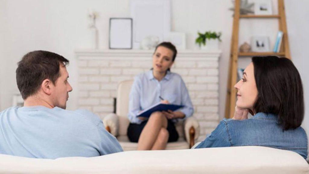 Acudir a terapia será clave para recuperar esa confianza perdida.