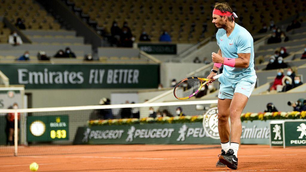Nadal se clasifica para 'semis' tras vencer a Sinnner en el partido que más tarde se ha jugado en la historia de Roland Garros