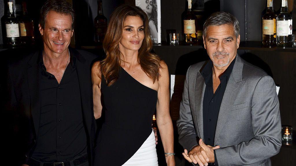 Cindy Crawford con su marido, Rende Garber, y George Clooney
