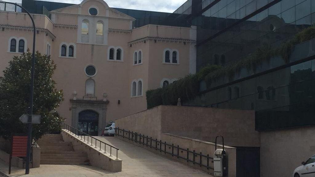 La fachada de la residencia Les Vinyes, en Falset (Tarragona)