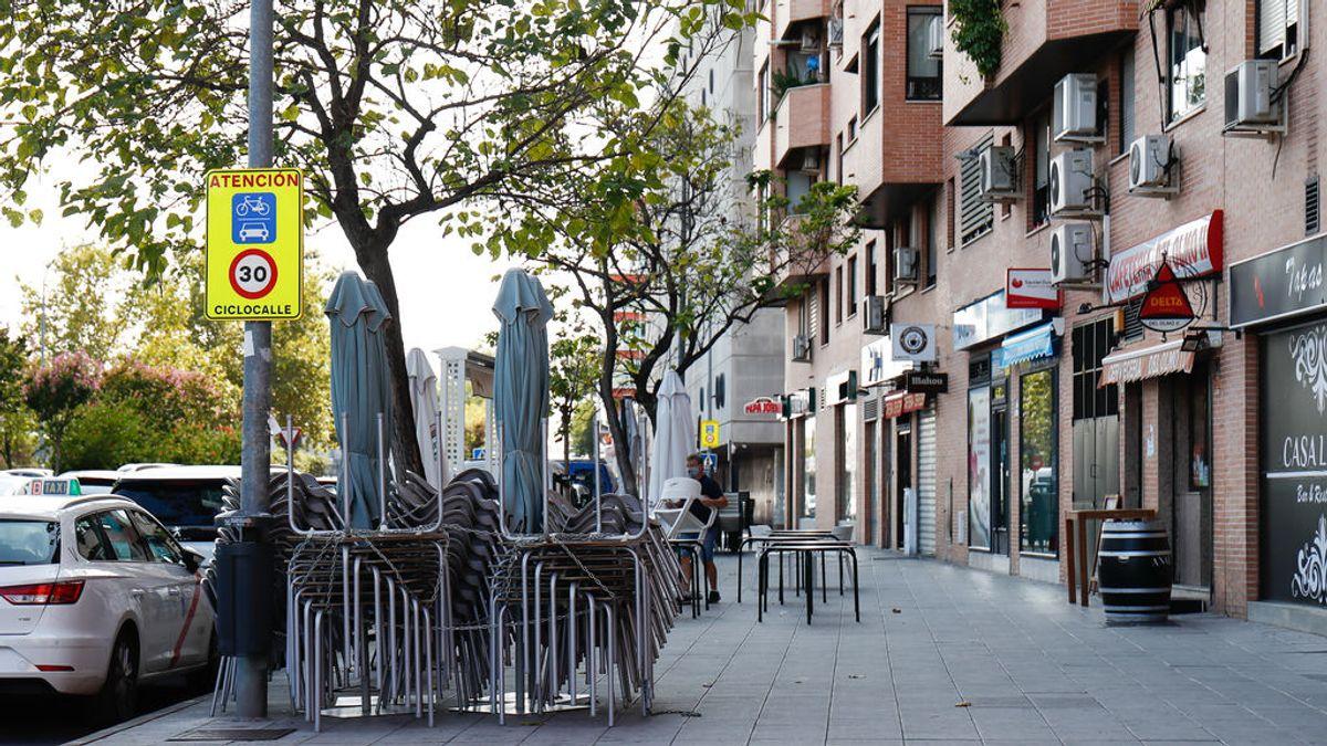 El cierre de bares y restaurantes se mantiene a las 23 horas porque no le afecta el auto del TSJM