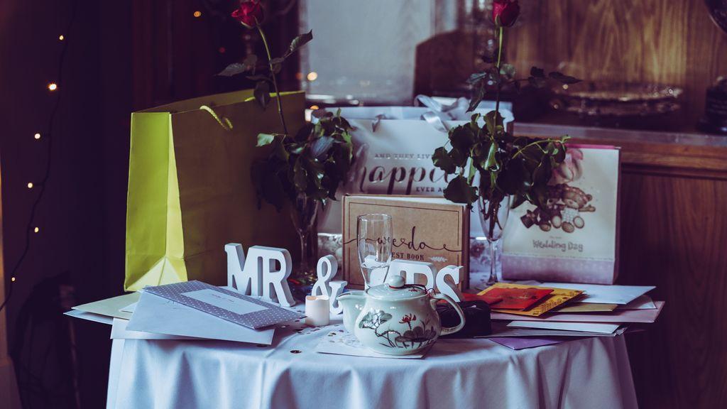 Ideas originales para regalar en una boda a la que estás invitada pero a la que no puedes ir