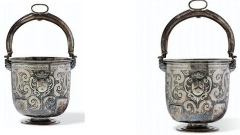 De Nueva York a Granada: las monjas que pujarán por una vasija del s.XVII que perteneció a una mujer de la orden