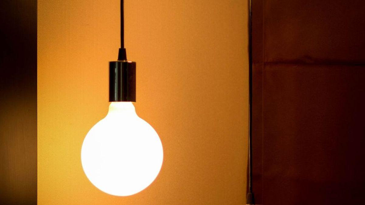 Claves de la OCU para elegir una buena bombilla LED
