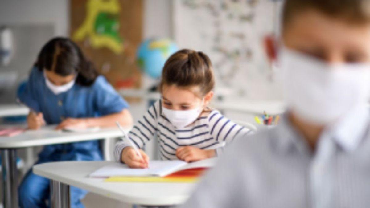 """Pautas para afrontar el miedo al covid en las aulas: """"Hay que hablar con los niños sin tapujos"""""""