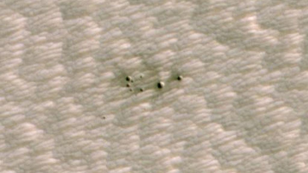 Descubren cráteres recientes en Marte con ayuda de Inteligencia Artificial