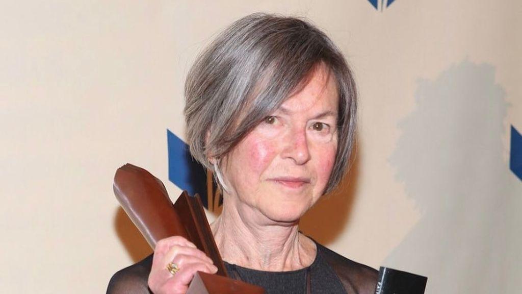 Cinco poemas para conocer a Louise Glück, la nueva Premio Nobel de Literatura