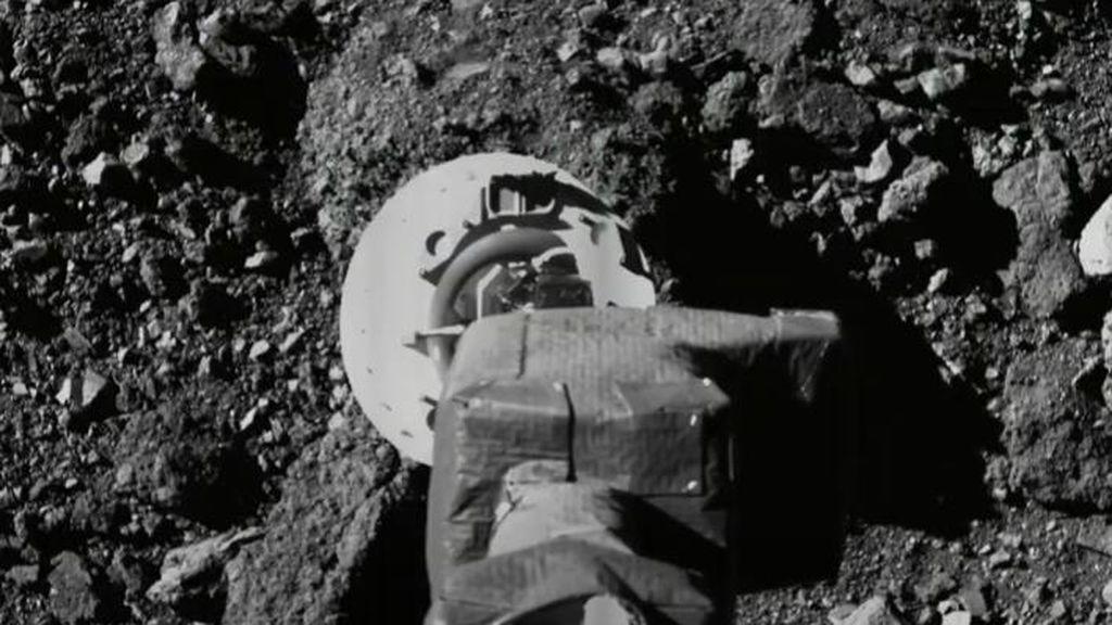 EuropaPress_2830606_aproximacion_nave_osiris-rex_sitio_recoleccion_muestras_asteroide_bennu