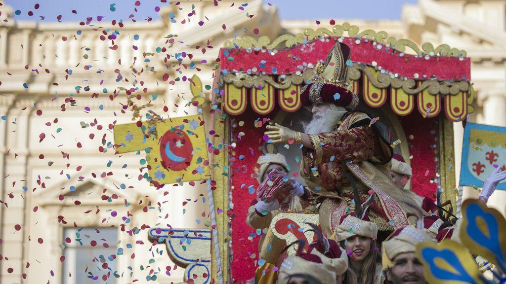 Sevilla estudia la opción de carrozas fijas, al aire libre y con control de aforo el día de Reyes