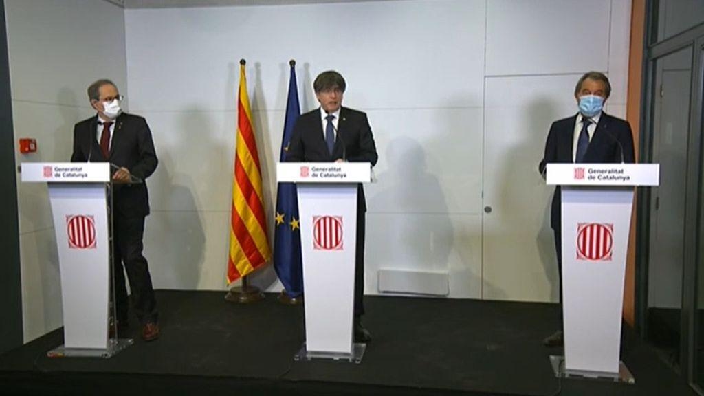 """Puigdemont, Torra y Mas se reencuentran en Perpignan: """"Los últimos tres presidents, los tres represaliados"""""""