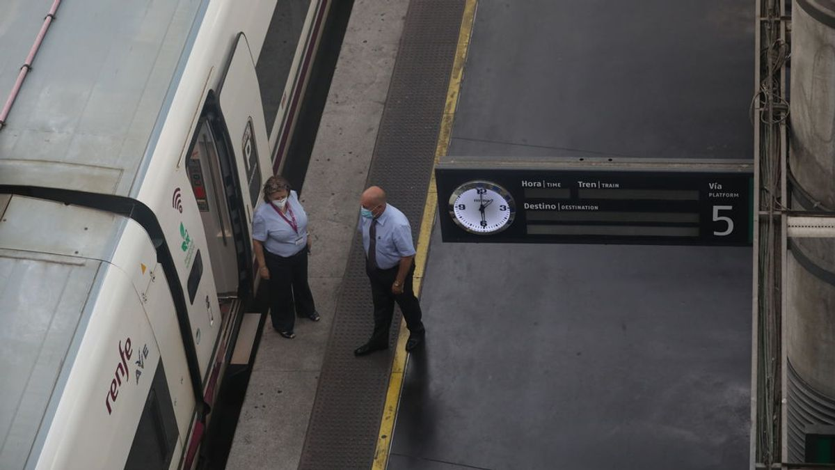 Los billetes de tren vendidos en Madrid para este puente caen un 33% a las espera de más anulaciones