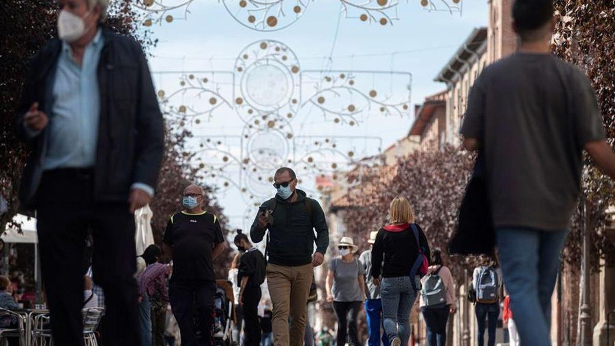 Madrid notifica 2.499 casos nuevos y 35 fallecidos
