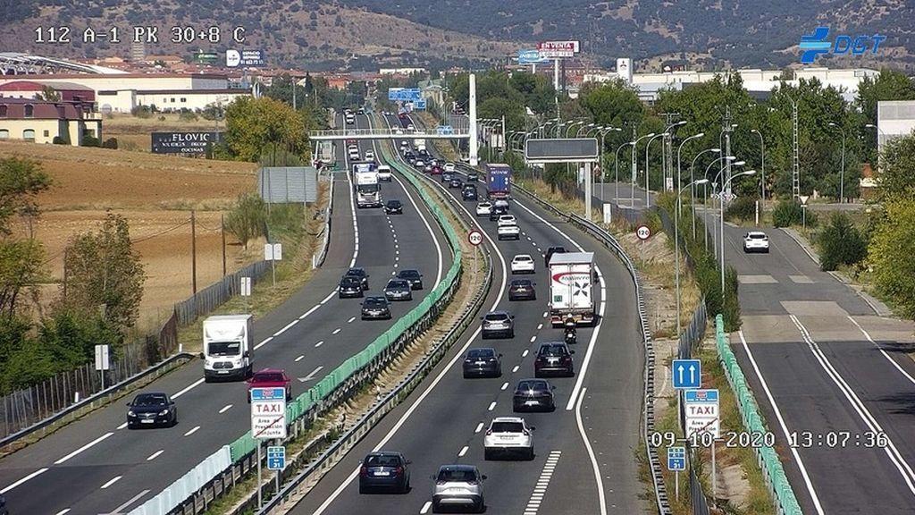 Policía y Guardia Civil despliegan controles en Madrid para evitar la estampida por el puente