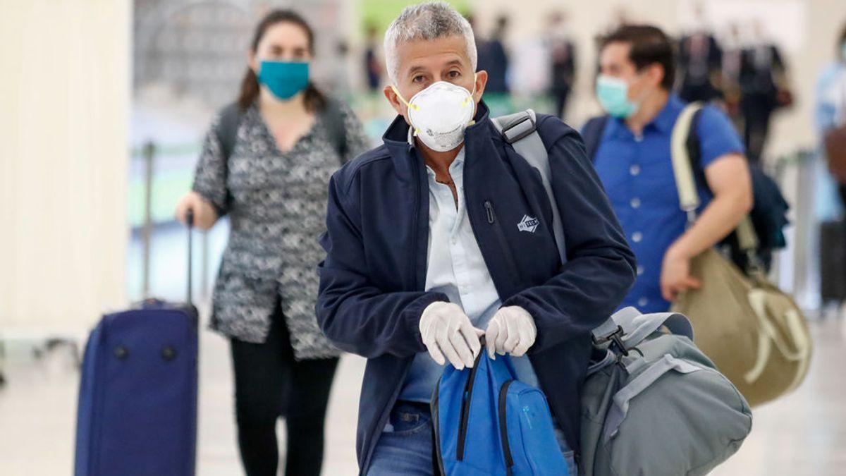 Viajar en avión es seguro: demuestran que solo un pasajero de cada 27 millones se infecta de covid en su interior