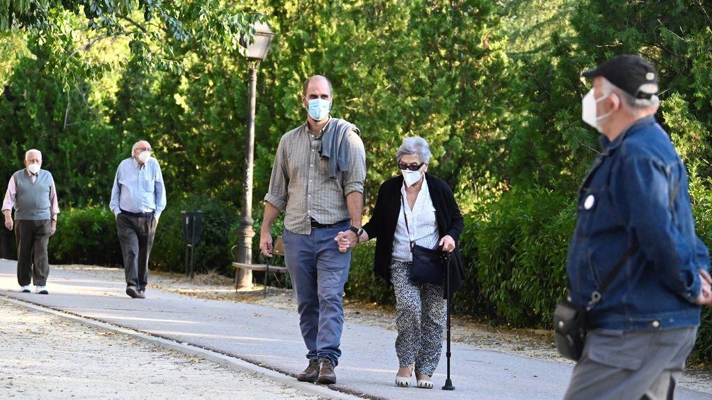 Los contagios siguen subiendo en España en el primer día de alarma en Madrid