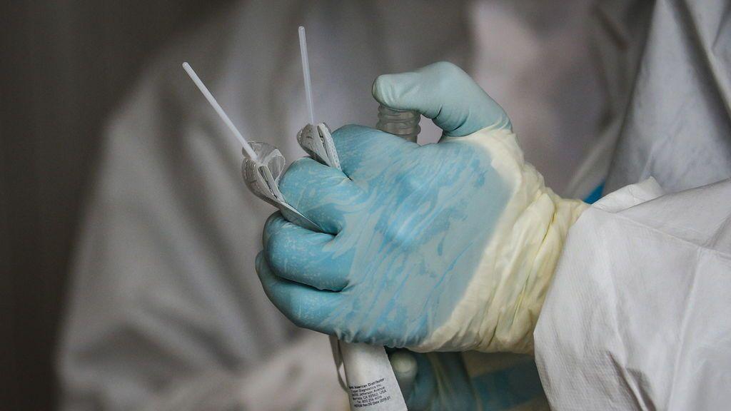 Italia suma 5.456 nuevos casos de covid-19 con menos pruebas que el sábado