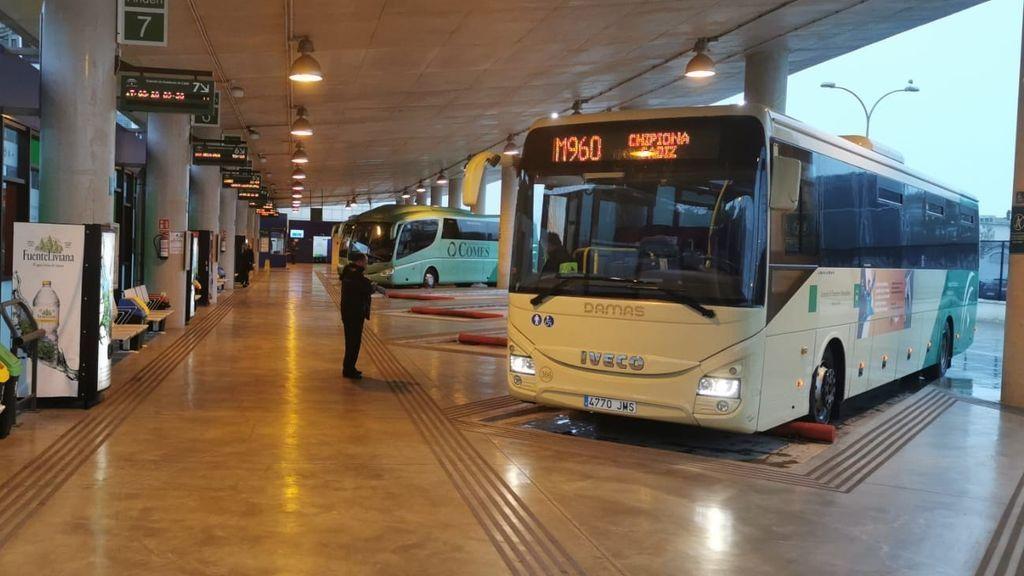 Imágenes de usuarios alertan sobre la seguridad en los autobuses de la Bahía de Cádiz