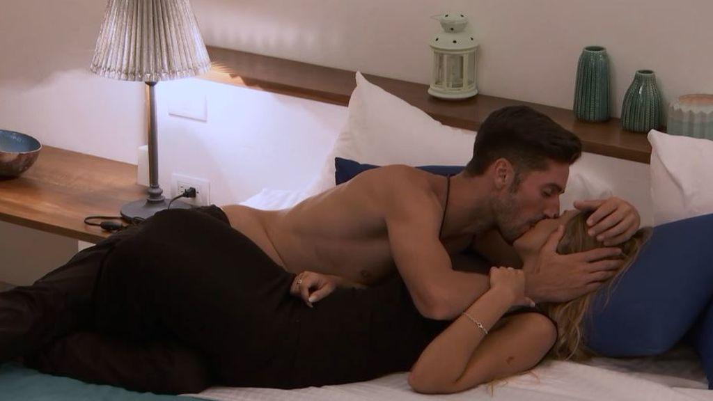"""Lester decide centrarse en Patricia y llegan sus primeros besos: """"Me sentí entendido"""""""