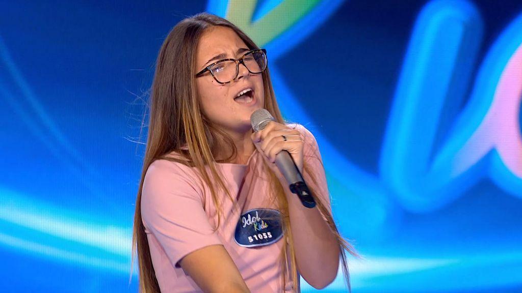 Ana Belén pone al público en pie y piden el 'ticket dorado'