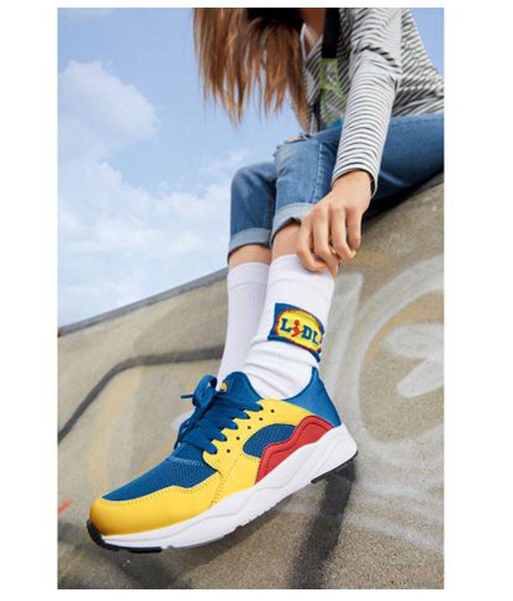 Las zapatillas que todos quieren junto con los calcetines también de la marca