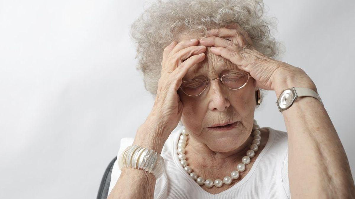 Los vértigos: comunes en personas de edad avanzada, ¿qué los causa?