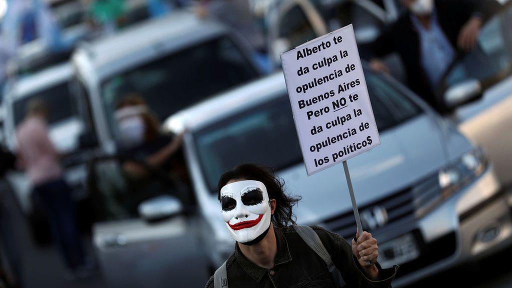 Argentina supera los 900.000 casos de coronavirus en medio de protestas contra el Gobierno