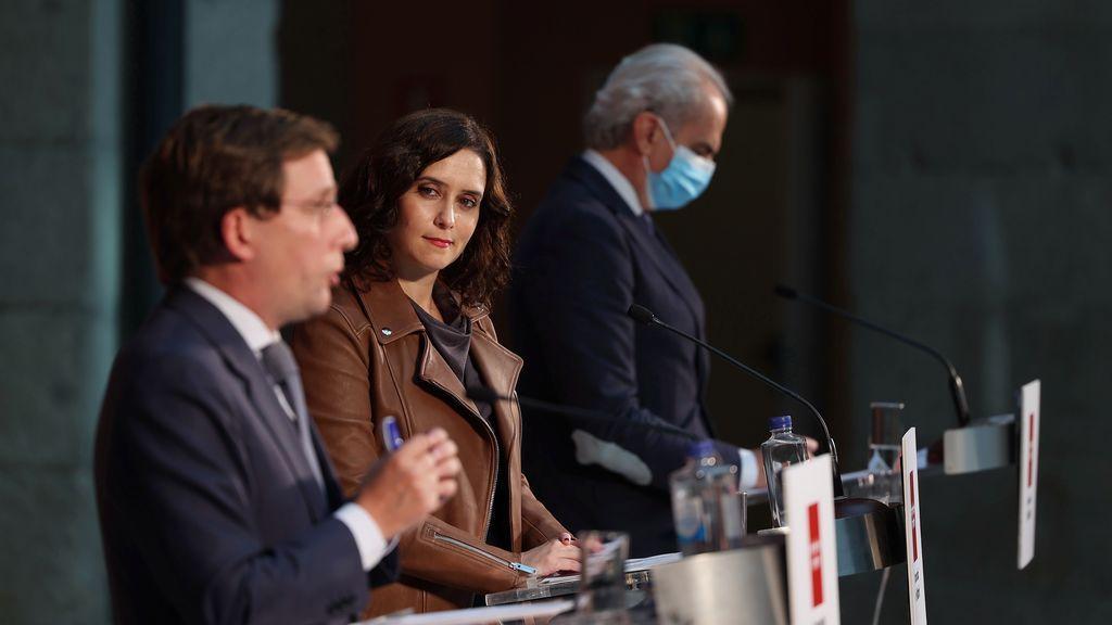 Ayuso busca el cuerpo a cuerpo con Sánchez para pedir el fin de la alarma en Madrid