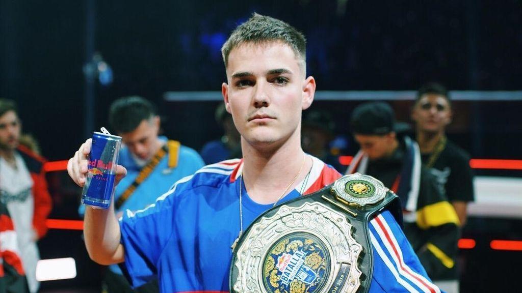 Bnet campeón del mundo Batallas de Gallos