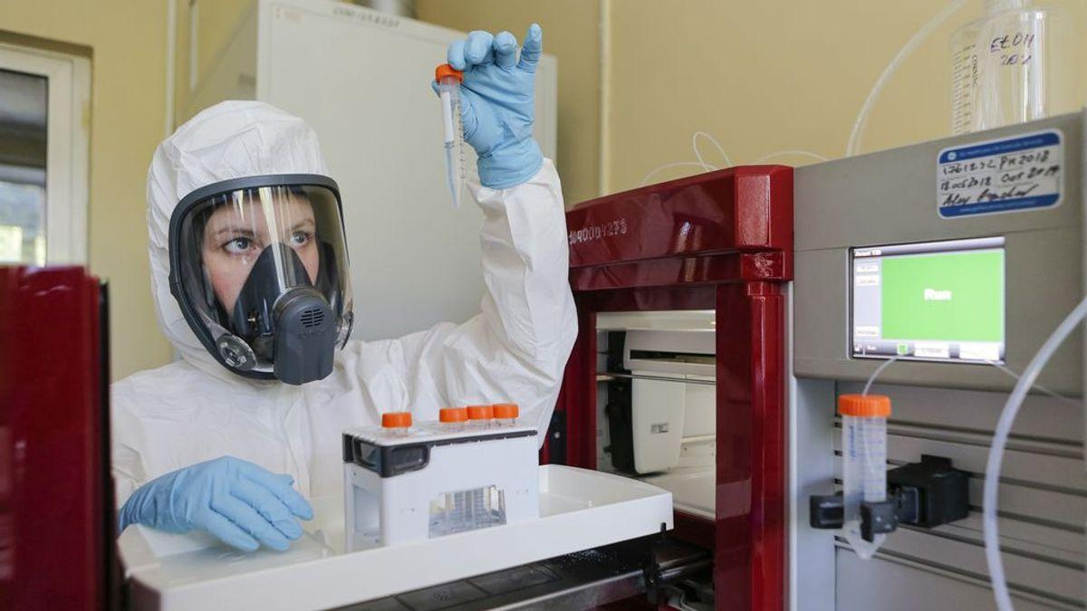 """La voluntarios cántabros de la vacuna contra el COVID, en """"parada técnica"""" hasta nuevo aviso: """"Son cosas que pueden pasar"""""""