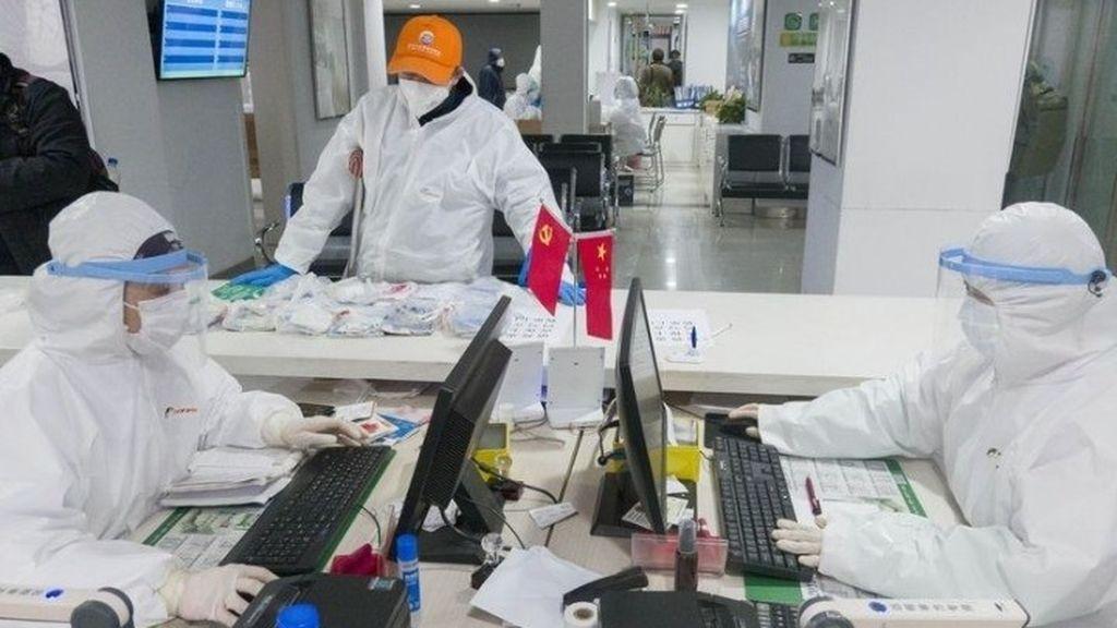 Cuatro de cada diez españoles cree que el covid-19 se creó en China, en un laboratorio de Wuhan