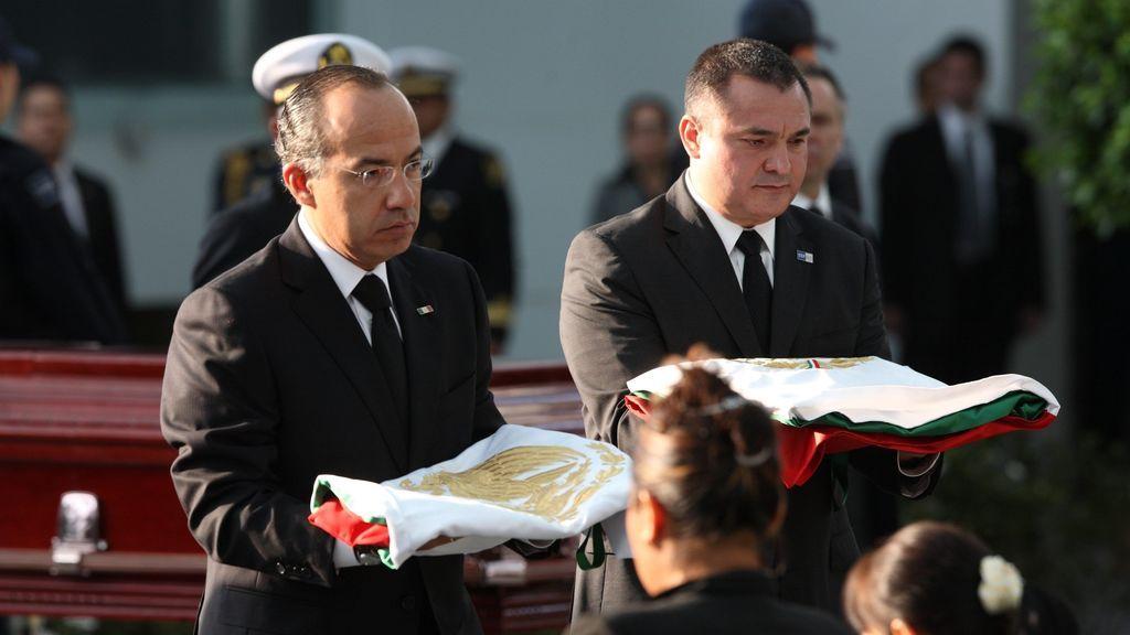 El expresidente mexicano Calderón pagó un contrato millonario a una empresa de un miembro de su gobierno