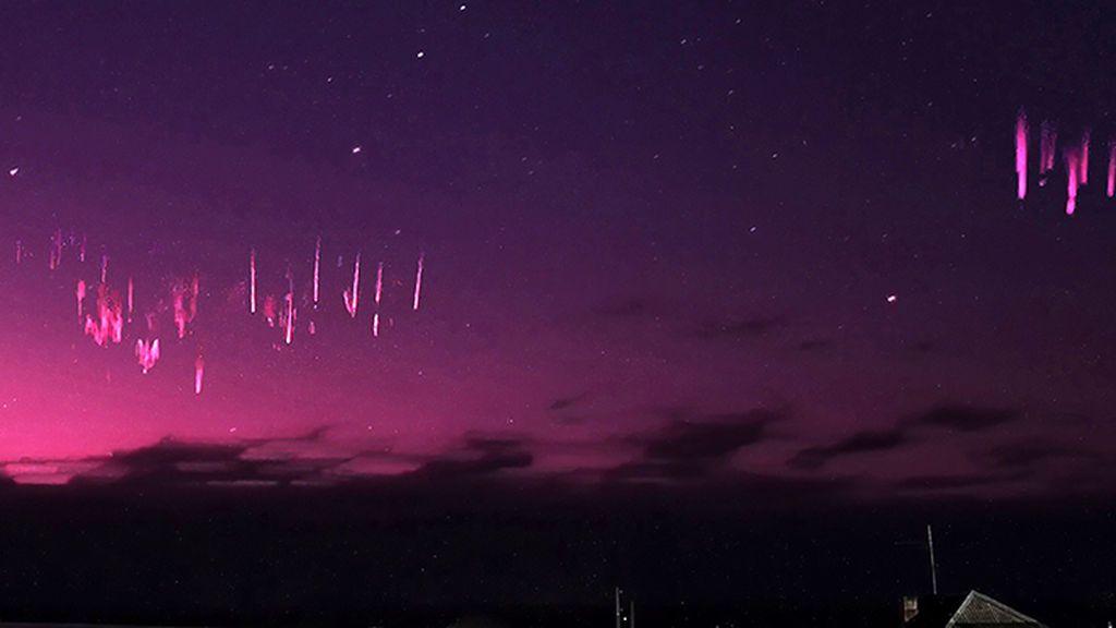 Espectáculo de 'sprites' o espectros rojos en los Urales